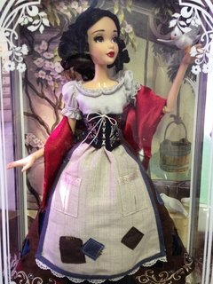 Snow White Disney Limited Edition Doll na internet