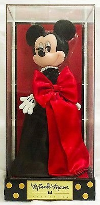 D23 Expo 2015 Minnie Mouse Signature Collection Limited Edition doll