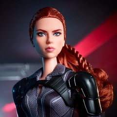 Marvel's Black Widow Barbie doll na internet