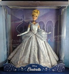 Cinderella Limited Edition Saks Fifth Avenue doll na internet