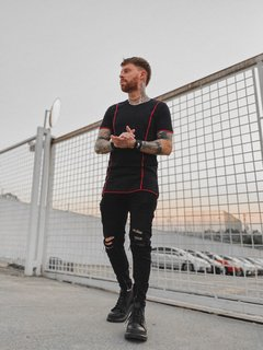 Camiseta Longline BLACK STRIP na internet