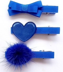 Hair Clips Fur Balls. na internet