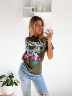 Remera estampada Blooming Buho - BENKA