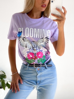 Remera estampada Blooming Buho