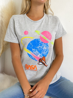 Remera estampada Nasa - comprar online