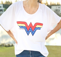 Remerón escote semi - bote Wonder Woman