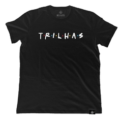 Camiseta Trilhas Friends Preto | Nos Alpes