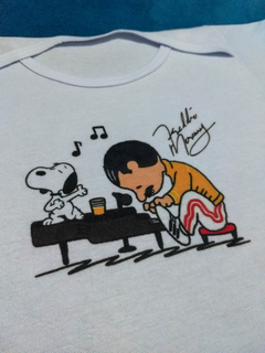 Body Bebê Rock Queen Freddie Mercury com Snoopy Real