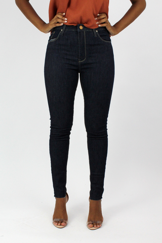 calça-jeans-skinny-escura-all-is-love