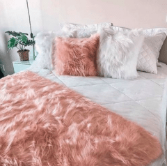 Almofada Fluffy Pillow - Rose Gold na internet