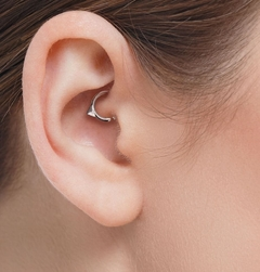 Imagem do 002 Piercing Septo Daith Triangular