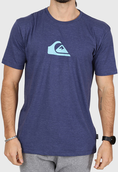 REMERA MC QUIKSILVER COMP LOGO HEATHER (AZUL) - comprar online
