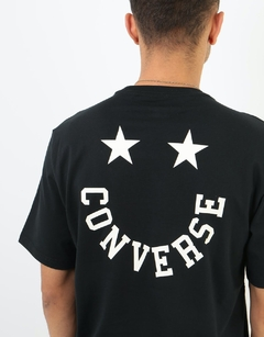 Remera Converse Smiley Negra en internet