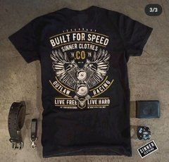 Remera Built for speed