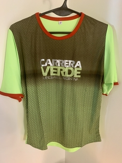 Remera Dri Fit Carrera Verde