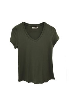Remera Basic escote v - Soana