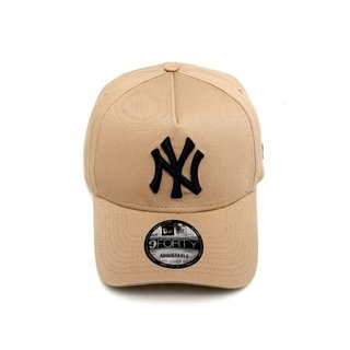 BONÉ 940 NEW YORK YANKEES MLB ABA CURVA SNAPBACK NEW ERA - BEGE - Modas Multimarcas