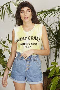 MUSCULOSA WEST COAST LIMA