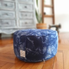 KIT pillow+puff/ shibori - comprar online