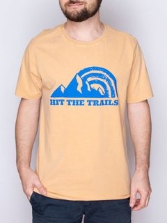 Camiseta Masculina Hit The Trails - Up The Mountain