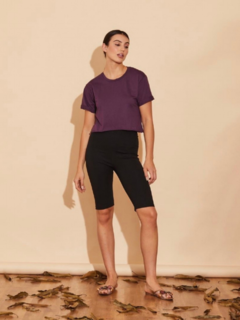 T-Shirt Cropped Roxo