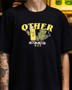 CAMISETA OTHER CULTURE BEST FRIENDS BLACK - OC1677 - comprar online