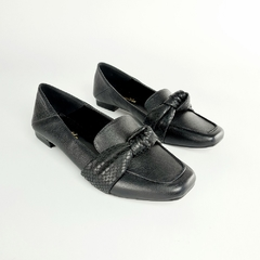 Sapatilha Loafer Nó Couro Naturalle Preto - comprar online