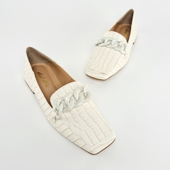Sapatilha Loafer Corrente Croco Off White - comprar online