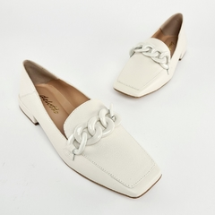Sapatilha Loafer Corrente Couro Naturalle Off White