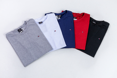 KIT 5 CAMISETAS MANGA CURTA TOMMY HILFIGER - Dgshop