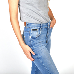 HIGHTER CROP JEAN BLUE GLASS
