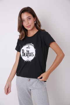 "Remera ""BEATLES"" de algodón"