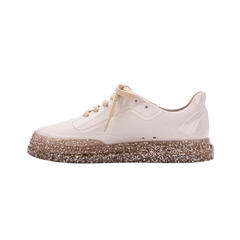 Melissa Classic Sneaker na internet