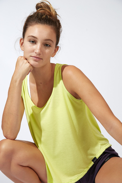 MUSCULOSA DAY LIMON