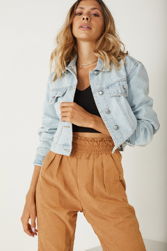 Jaqueta Jeans Cropped na internet