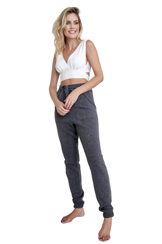 Calça jogger tricot mousse cinza chumbo