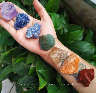 Kit 7 chakras pedras brutas - com citrino natural