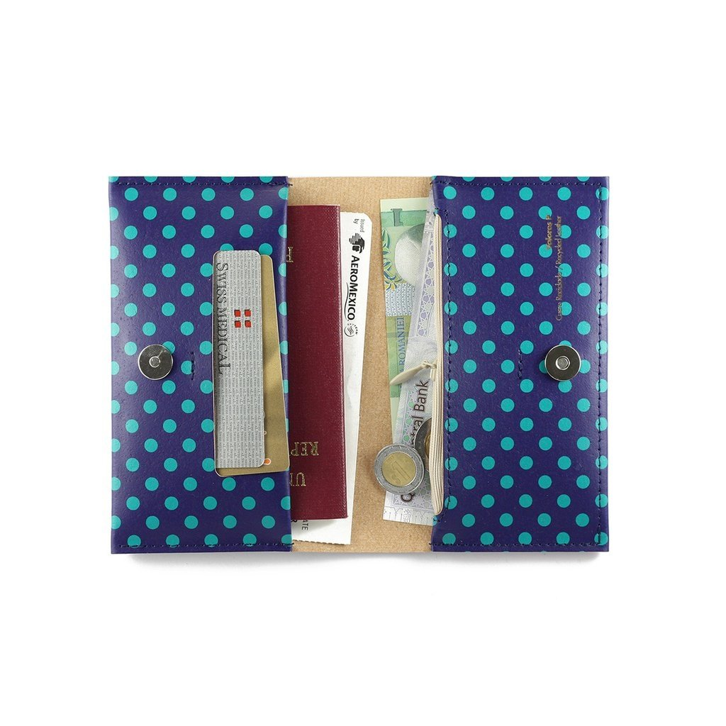 P Wallet Dots Green