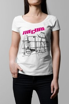 Remera The Cure Pill box tales blanca mujer