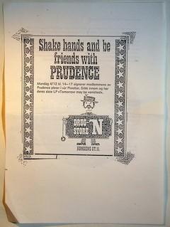 Null$katte$nylterne / Tugboat - Shake Hands And Be Friends With Prudence (Split) [Compacto]