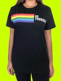 CAMISETA LGBT RAINBOW BE YOURSELF - ARCO IRIS - comprar online