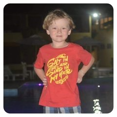CAMISETA INFANTIL PRAIA - SALT IN THE AIR, SAND IN MY HAIR - Honey Peppers