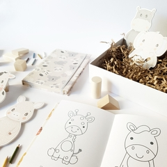 KIDS Coloring Notebook • Animals in Grey - Florence Livres