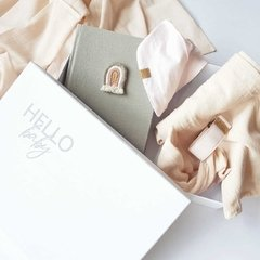 GIFT BOX - HELLO BABY GIRL en internet