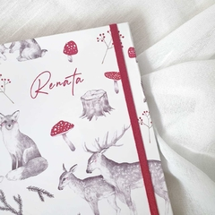 Notebook Bebé Personalizado Woodland in Red - Florence Livres