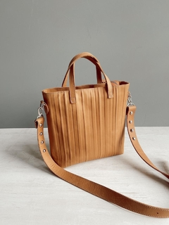 Mini tote Pen brandy - comprar online
