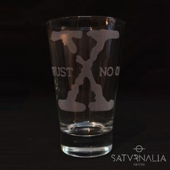 Vaso Trust no one de X-Files