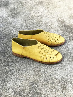 ZAPATO AMBAR AMARILLO 39 - Camelia Shoes