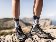 MEIA COMPRESSPORT PRO RACING SOCKS V3.0 TRAIL CINZA na internet