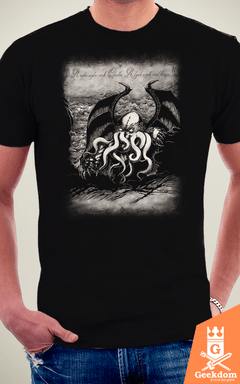 Camiseta Lovecraft - Cthulhu - by Pigboom | Geekdom Store | www.geekdomstore.com